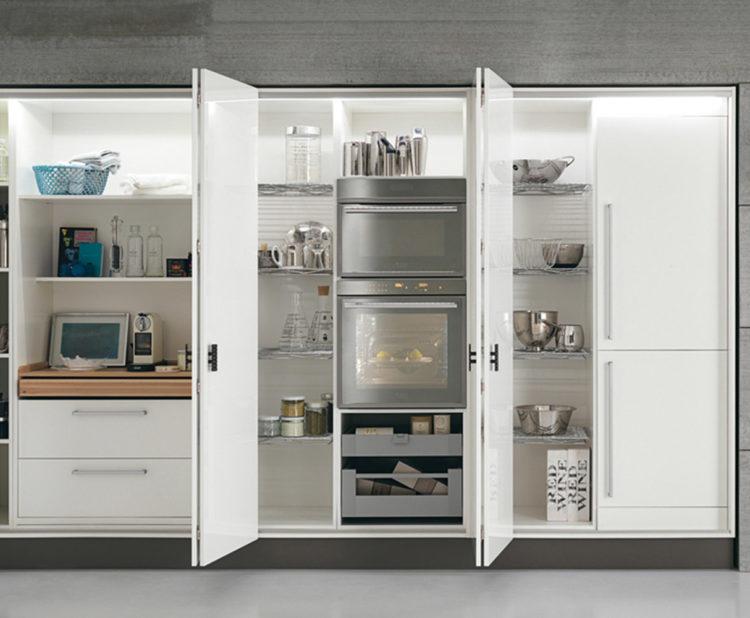 armadio-place-febal-illuminazione-in-cucina