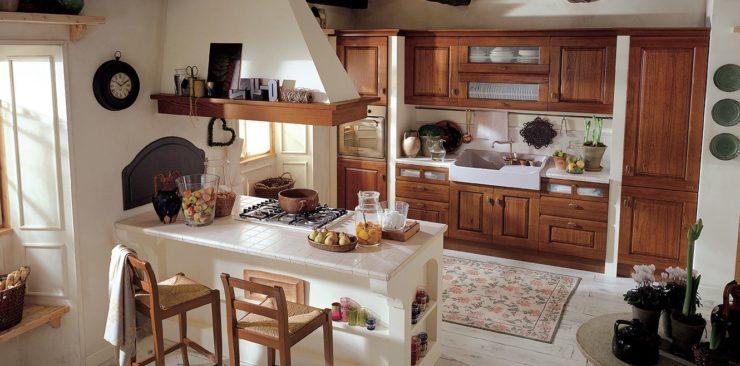 Il piano in pietra nelle cucine classiche | Arredo Casa Roma