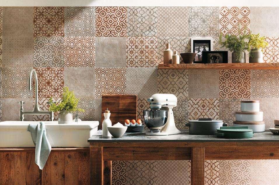 Cucina d effetto con le piastrelle di tendenza arredo casa roma