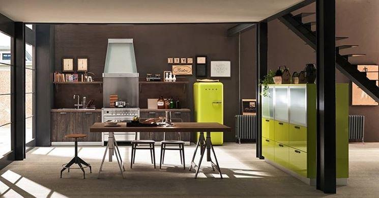 Tavoli e sedie per una cucina moderna. Spazio al design!